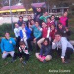 Scuola equitazione Kappa Equestre foto di gruppo maneggio all'aperto